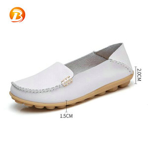 Comfortable women nurse soft sole white casual flat leather shoes ladies
