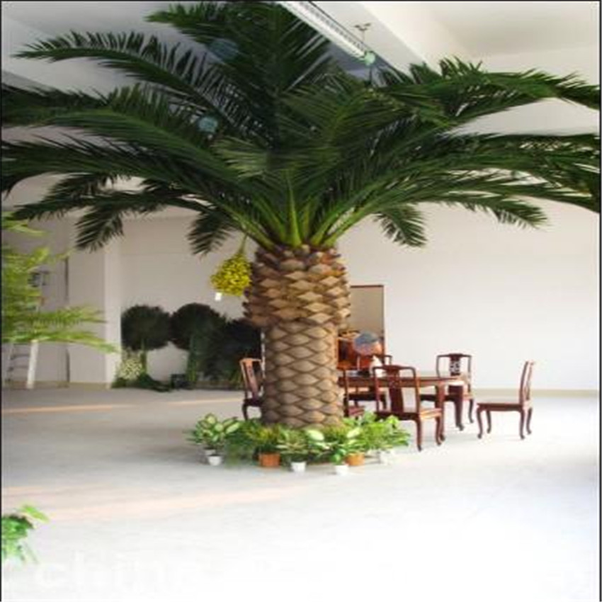 Outdoor large artificial palm tree sale, plastic palm tree wholesale