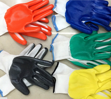 Blue nitrile coated 13gauge polyester gloves