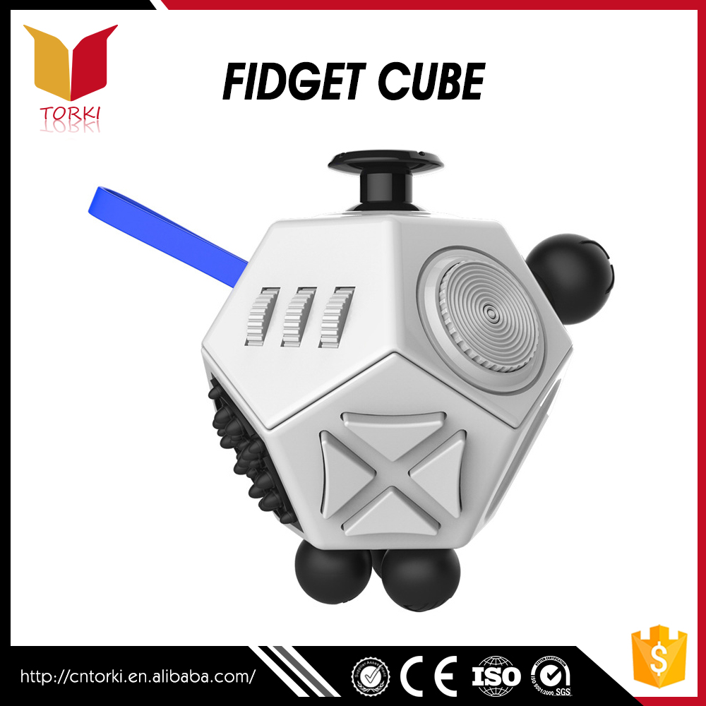 2017 Customized Logo camo fidget cube for relieves stress