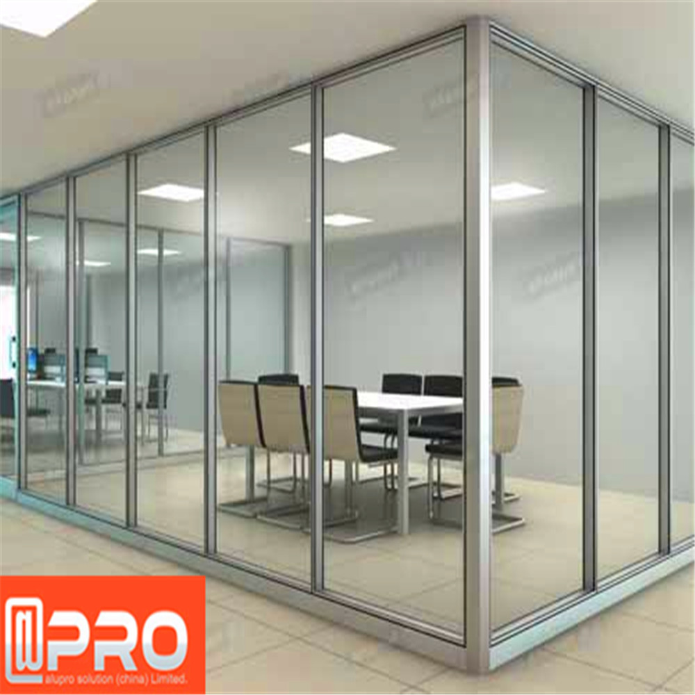 Guangzhou office cubicles glass flexible partition wall for Cubiculos de oficina