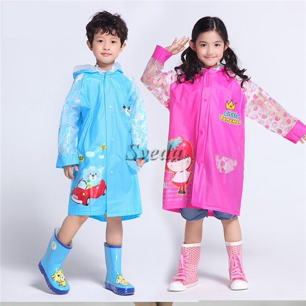 Charles River Apparel is a one-size poncho suitable for your kids. Therefore, you will not need to be guessing if it can fit the child or not. It is made of polyurethane material making it windproof and waterproof too. These long raincoats for kids have their reusable bag where you can fold the cloak and keep for further use.