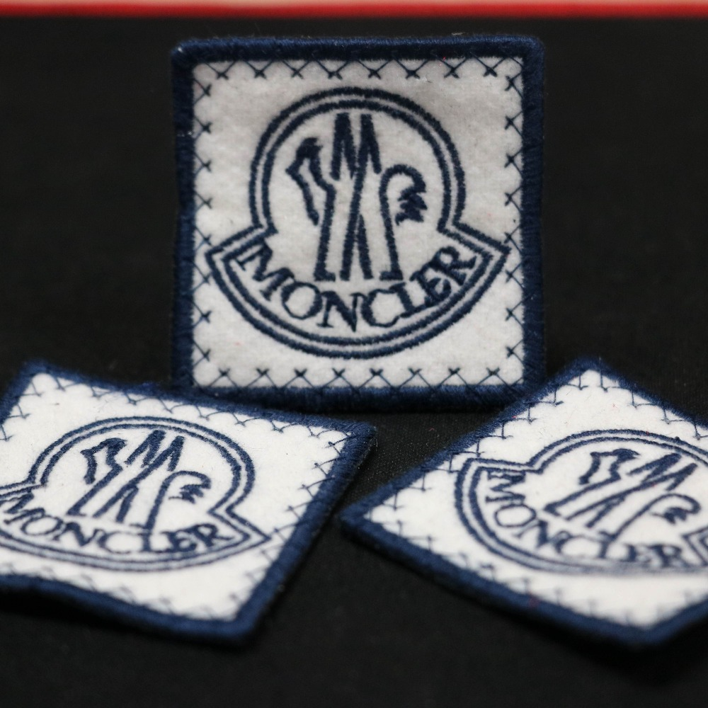 Fancy Clothing Self-adhesive Hand Embroidery Patch Custom Designs 3D Patch