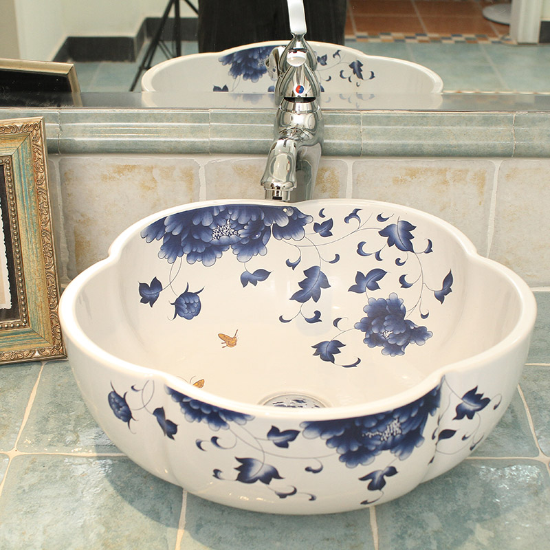 Oriental Hand Painted Ceramic Bathroom Vessel Sinks For Hotel