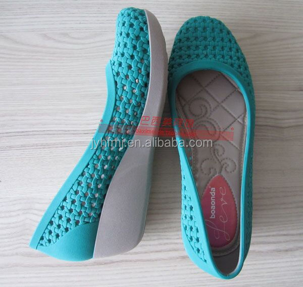 2015 Free Design Chinese Certificated Fashionable Blowing & Crystal Double Colour Shoe's Mold