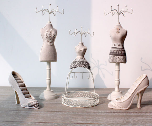 High Heel Shoe Jewelry Ring Holder Display Organizer