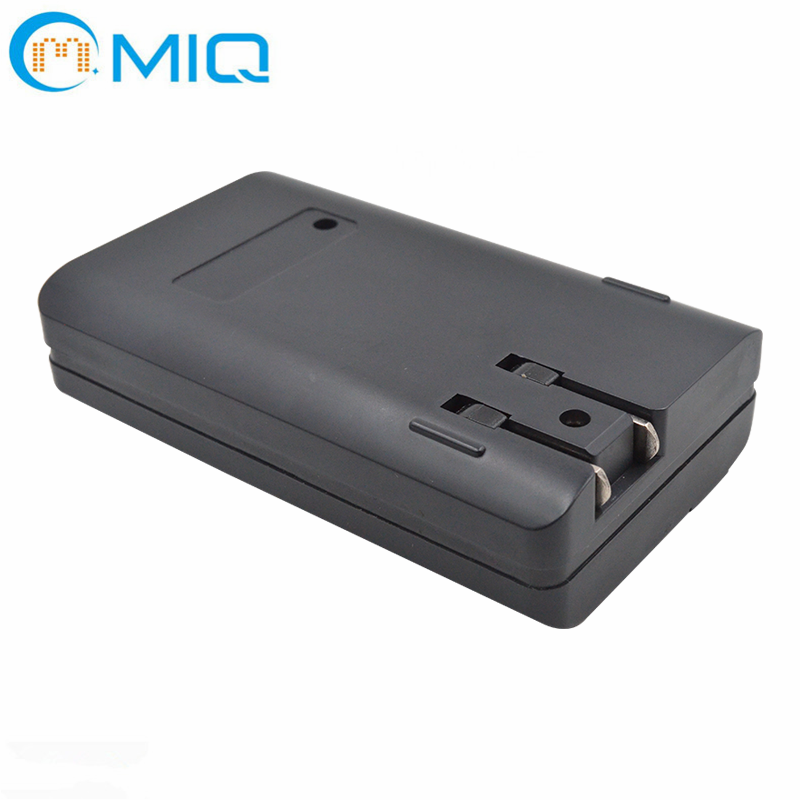 5600mah Portable Wall Charger External Battery Pack Backup Charger with Ac Plug and LED Display