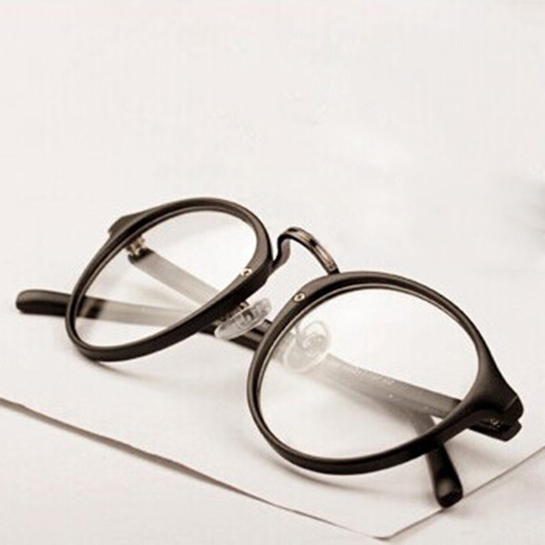 cdbd5c64097 Mens Womens Nerd Glasses Clear Lens Eyewear Unisex Retro Eyeglasses  Spectacles Fashion Eyewear News Glasses Men