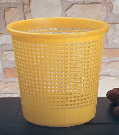china manufacturer sale hot plastic waste bin