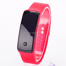 China watch cheap silicone watch digital display led watch with black screen
