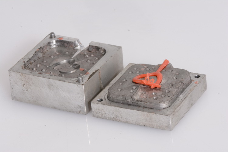 how to make moulds for aluminum