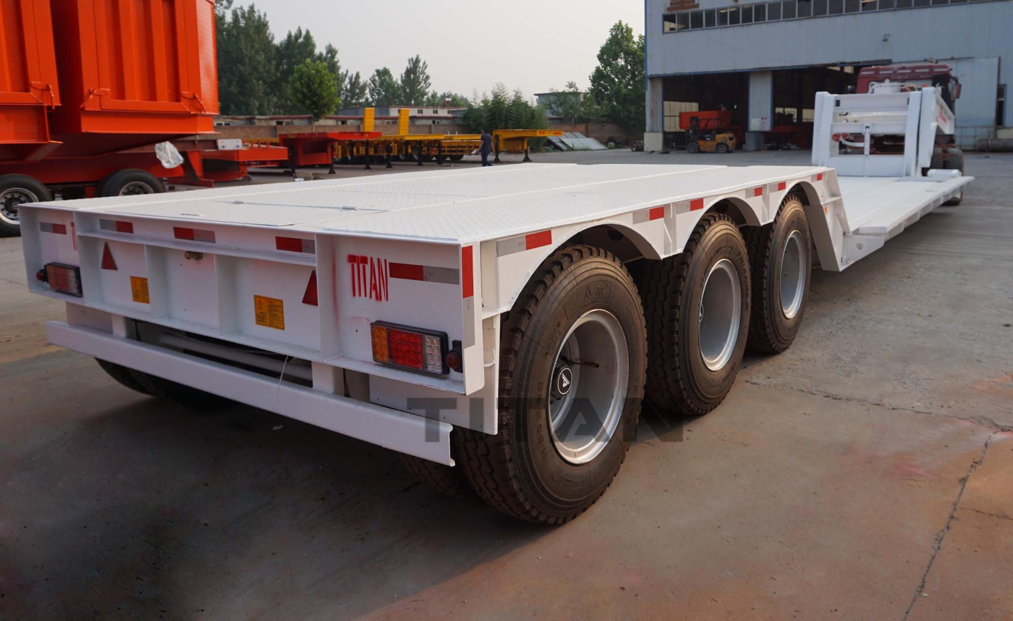 hydraulics removable front loading 100 ton 120 ton 3 axle high ground clearance detachable gooseneck low bed lowboy semi trailer