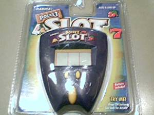 """1999 Radica China Ltd. Product Shape Radica Usa Ltd. Radica Pocket Slot """"7"""" #8022 Lcd Electronic Handheld Game Blister Package P/n 50815309 Rev. A---purple Color Version, Yellow Button Version"""
