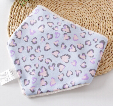 Hot Sell Double Layer Polar Fleece Cotton Triangle Pattern Baby Bandana Drool Bibs