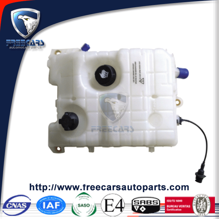 Guangzhou auto truck spare parts expansion tank wholesale truck parts