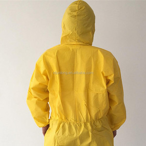 Disposable insulated PP compounded workwear paintball coveralls