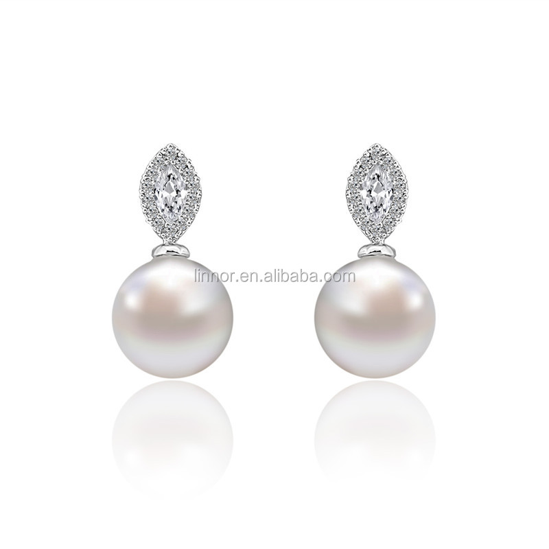 Fancy Oval Style Charm Single Round Pearl Mounted Earring Luxury Platinum Plated CZ Micropave Earring Stud Earrings