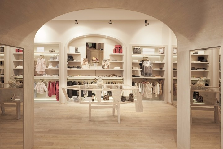 Babyluxury-store-by-IO-Studio-Prague-Czech-Republic.jpg