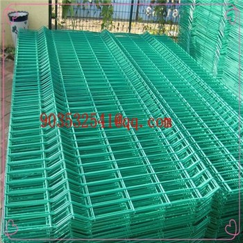 Green Vinyl Coated 2x4 Welded Wire Fence Cheap Prefab Fence Panels ...