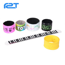 New style funny silicone pvc slap wristbands