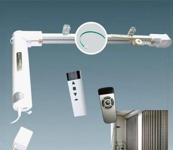 230v gemotoriseerde elektrische huishoudelijke afstandsbediening automatische schuifraam gordijn opener voor duitsland gordijn