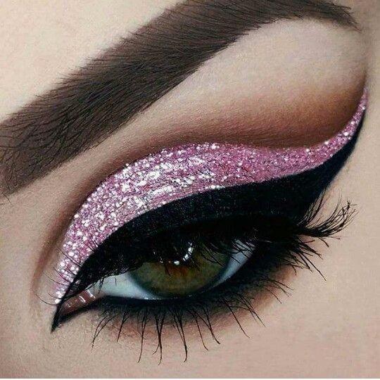 Resultado de imagen de maquillajes de ojos con brillo