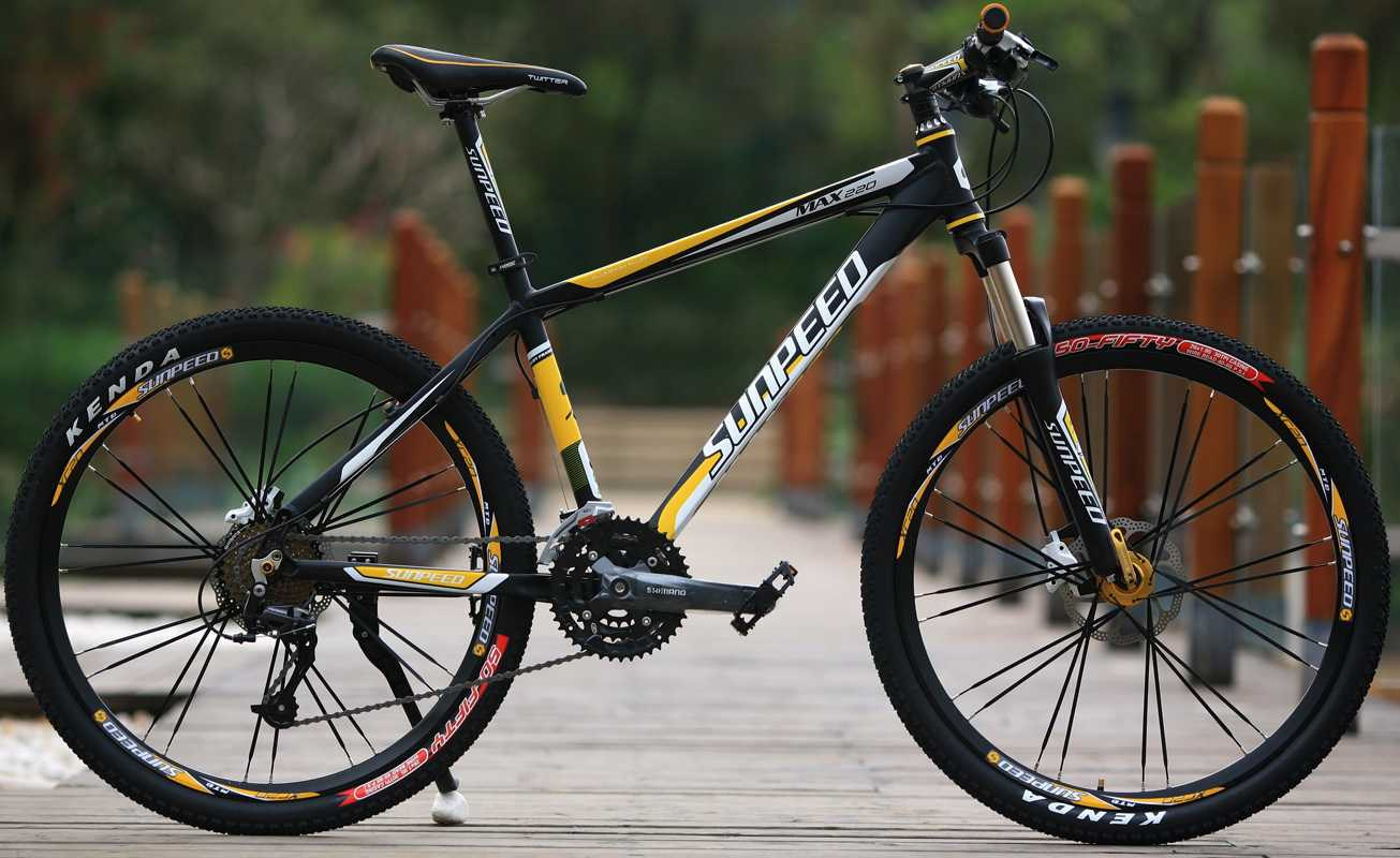 26 Inch New Style Unique Design 27 Speed yellow Mountain Bike