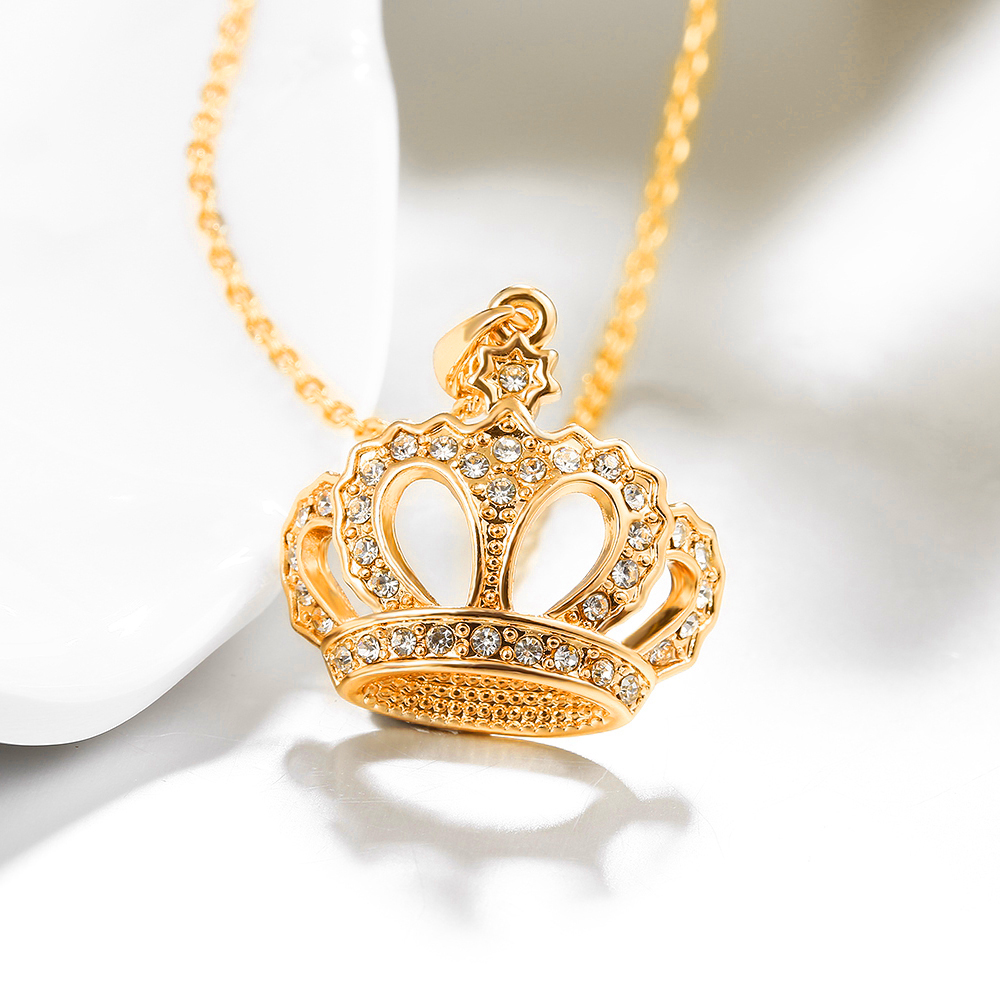 New Product 2019 Crown Shape Women Jewelry Necklace Golden Pendant