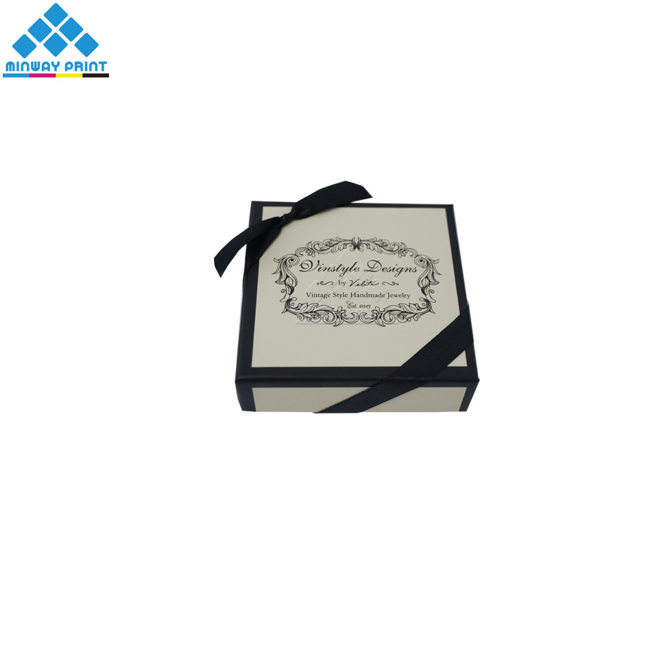Fashionable Small Earring / Necklace/Bracelet/Ring Holder Jewelry Set Packaging Box with Ribbon