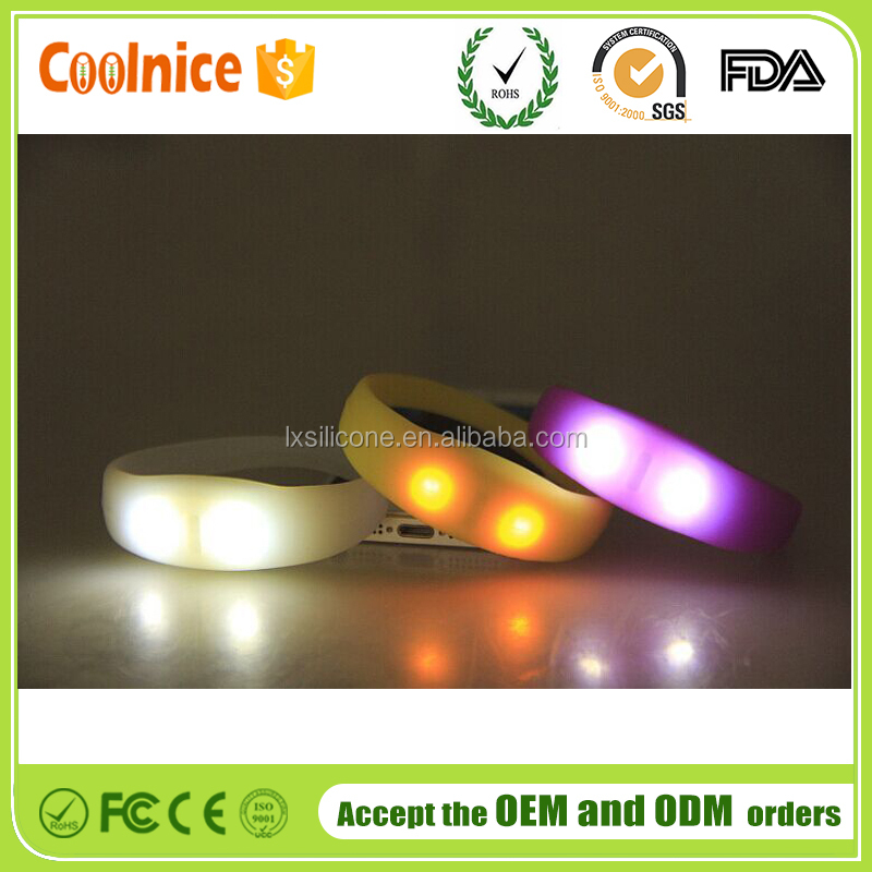 China Supplier Voice Activated Sound Control Led Flashing Bracelet Wristband