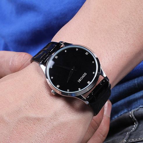 2015 новинка женщины одеваются часы классический SINOBI кожаный ремешок часы женщин свободного покроя стиль кварцевые военного тонкий наручные часы topsell-джерси