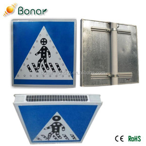 2015 Customizable Road Safety 3M Reflector Solar Led Traffic Signs
