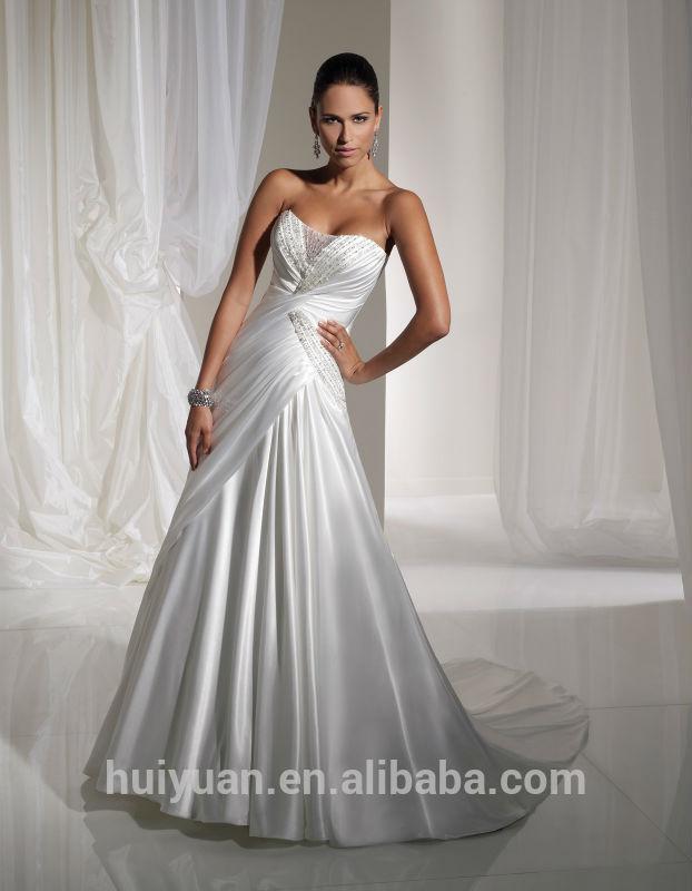 robe noire et blanc pour un mariage la mode des robes de france. Black Bedroom Furniture Sets. Home Design Ideas