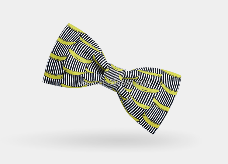2019 Newest stylish special banana printed pattern handmade wholesale wooden mens silk bowtie
