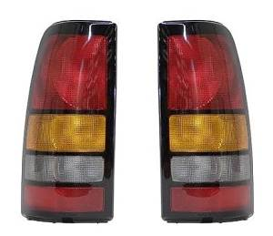 04 05 06 GMC Sierra Truck Taillight Taillamp Pair Set Driver and Passenger 07 Classic