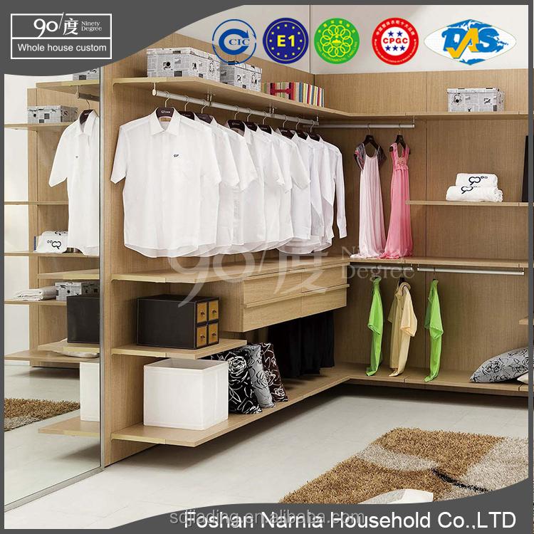 Modern Master Closets modern walk in closet, modern walk in closet suppliers and