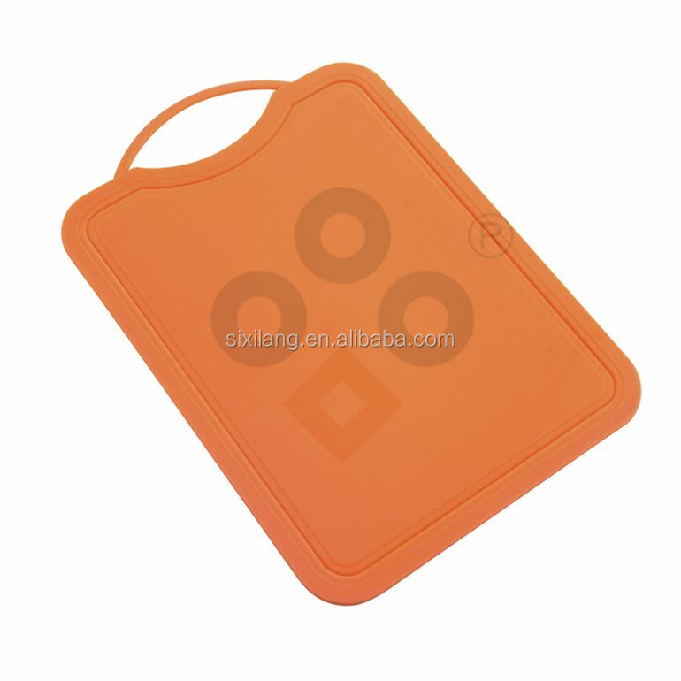 rectangle Classic sport style bamboo cutting board