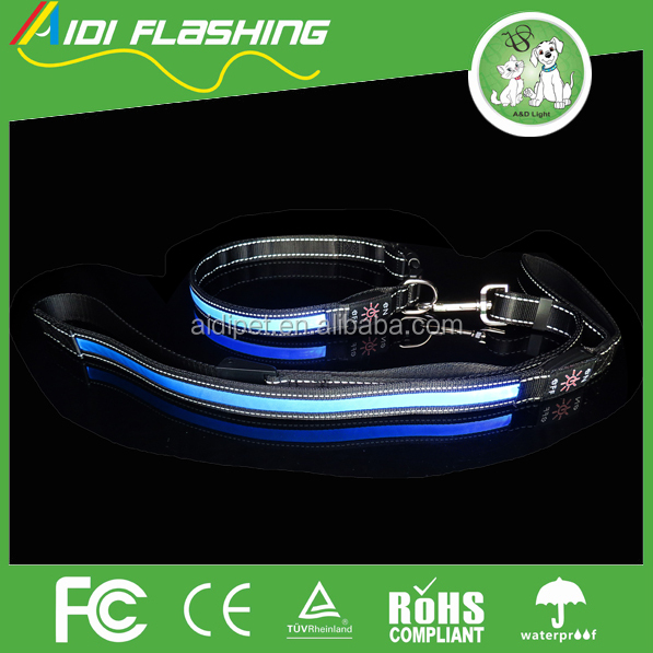 wholesale reflective dog lead glowing in the dark