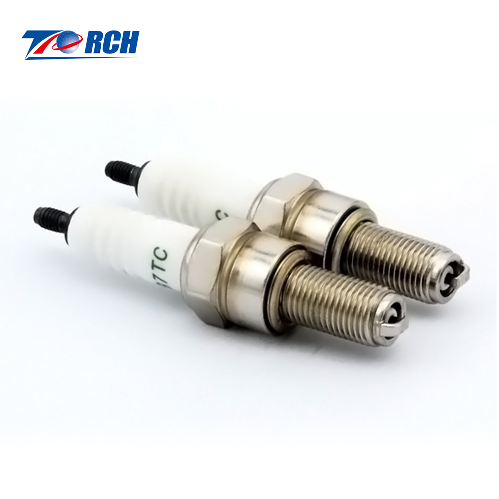 High Performance B7TC Motorcycle / scooter Spark Plug