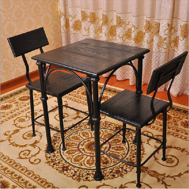 schmiedeeisernen esstisch und st hlen. Black Bedroom Furniture Sets. Home Design Ideas
