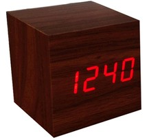 Vendita calda led orologi di legno cubo di legno led clock led digital desk clock