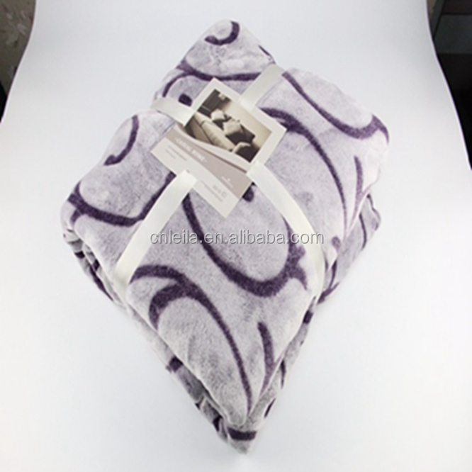 China selling cheap large private varieties foldable heavy fleece blanket