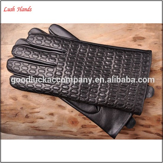 Manufacturer of custom embroidery leather men's gloves