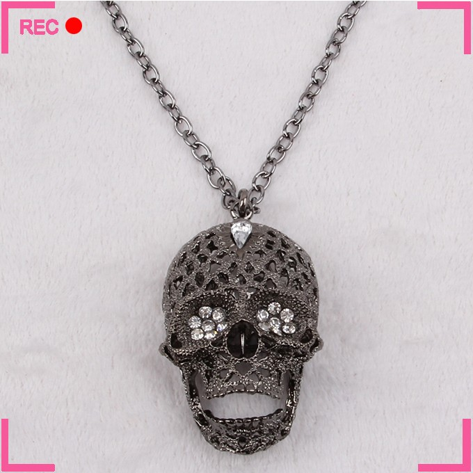 Imitation Gold/ silver/ black skull pendant necklace for Halloween