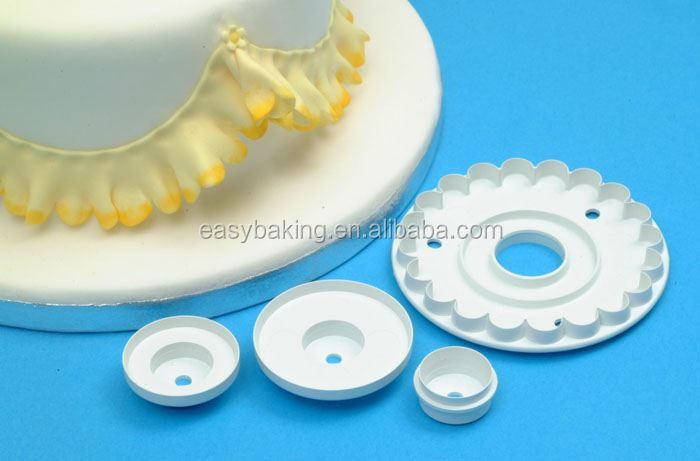 cake decorating cutter