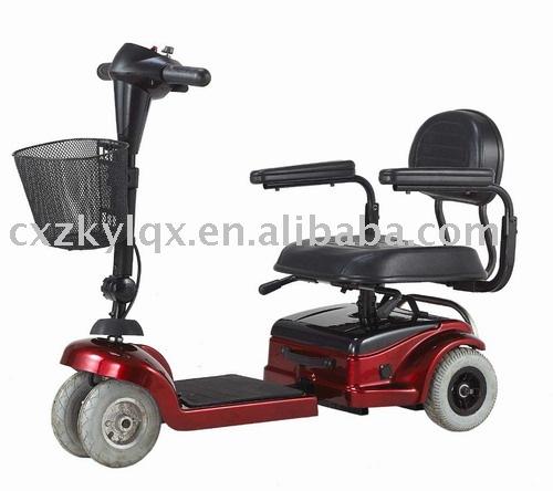 Matériel médical fauteuil roulant électrique BJ 143