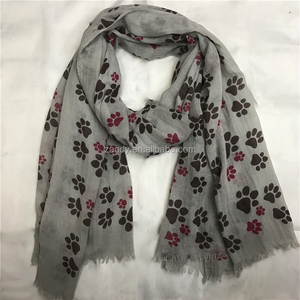 Wholesale spring summer scarf 2018 cute dog paw printed cotton long scarves