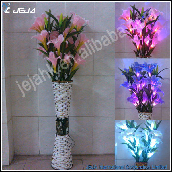 Artificial Flowers In Vase With Lights Tyres2c