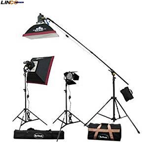 Britek#1800BHKB 1800w Focusable Halogen 3 Light Kit with Boom+3 Focusable Halogen Light+ 3 bulb+2 Compact Light Stand+2 Softbox+1 White Photo Umbrella+1 Barndoor+2 Carrying Bag