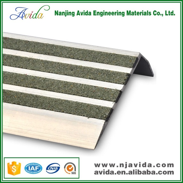 75mm Angle Stair Nosing For All Stair Tread Width